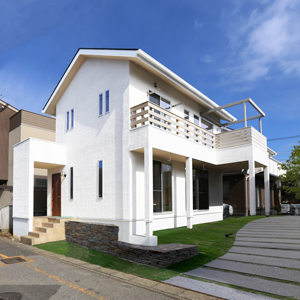 建築士夫妻が棲むシンプルでナチュラルな無垢の家